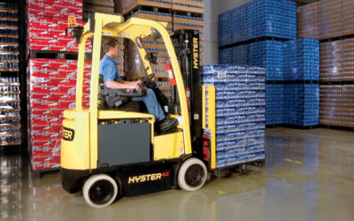 Forklift Batteries Toronto – Things to Know Before Buying Forklift Batteries